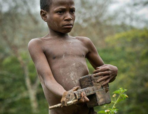 Madagascar-joueur kabosy